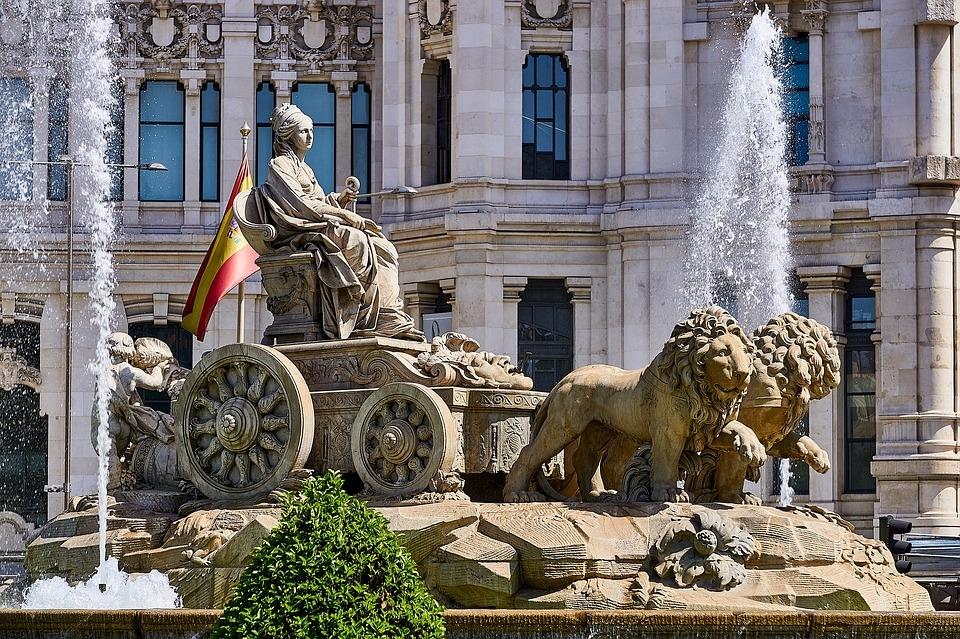 LISBOA, MADRID, ITÁLIA TURÍSTICA E PARIS