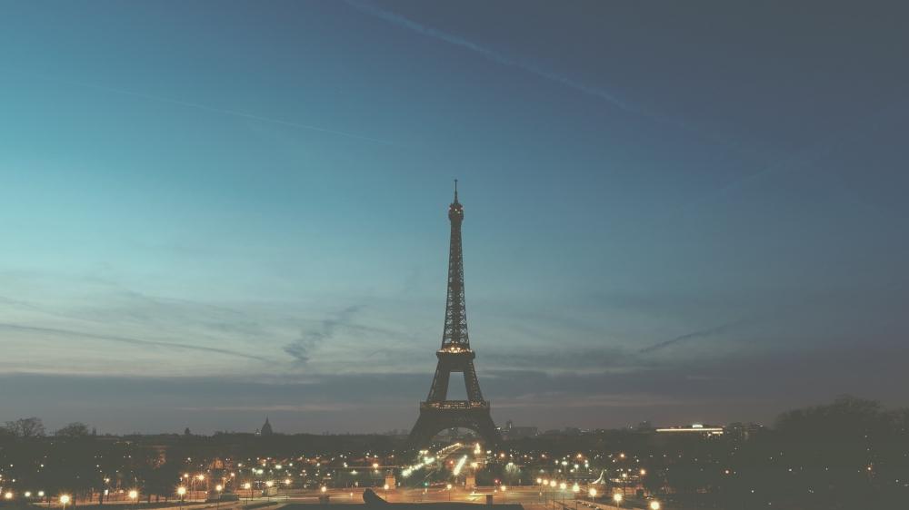 PARIS E O PAÍSES BAIXOS E RENO